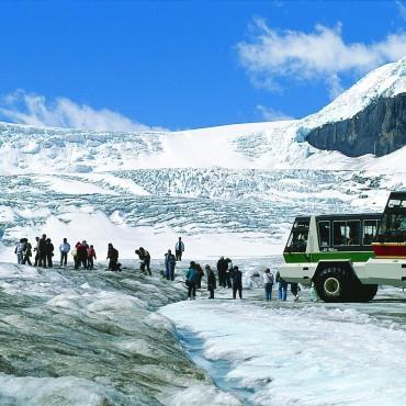 T07-403_glacial_trail